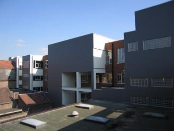 Koninklijk Orthopedagogisch Centrum Antwerpen gevel (vergrote weergave in fotogalerij)